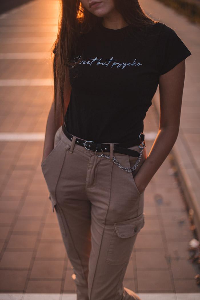 stylizacja ze spodniami cargo