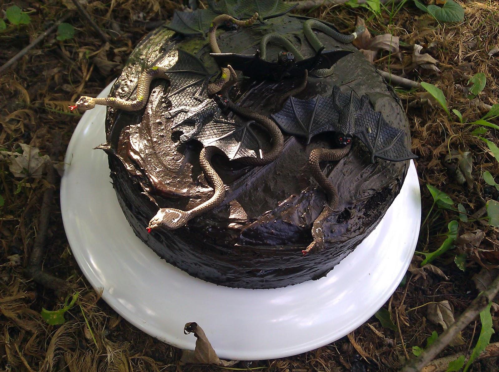 Gothic Wedding Or Halloween Black Velvet Cake Preesi