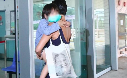 Diduga Lakukan Kekerasan Pada Anaknya,majikan di Repulse Bay Laporkan PRT nya ke Polisi