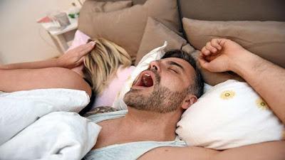 هل الشخير مرتبط بالنوم السيئ؟ دراسة حديثة تجيب
