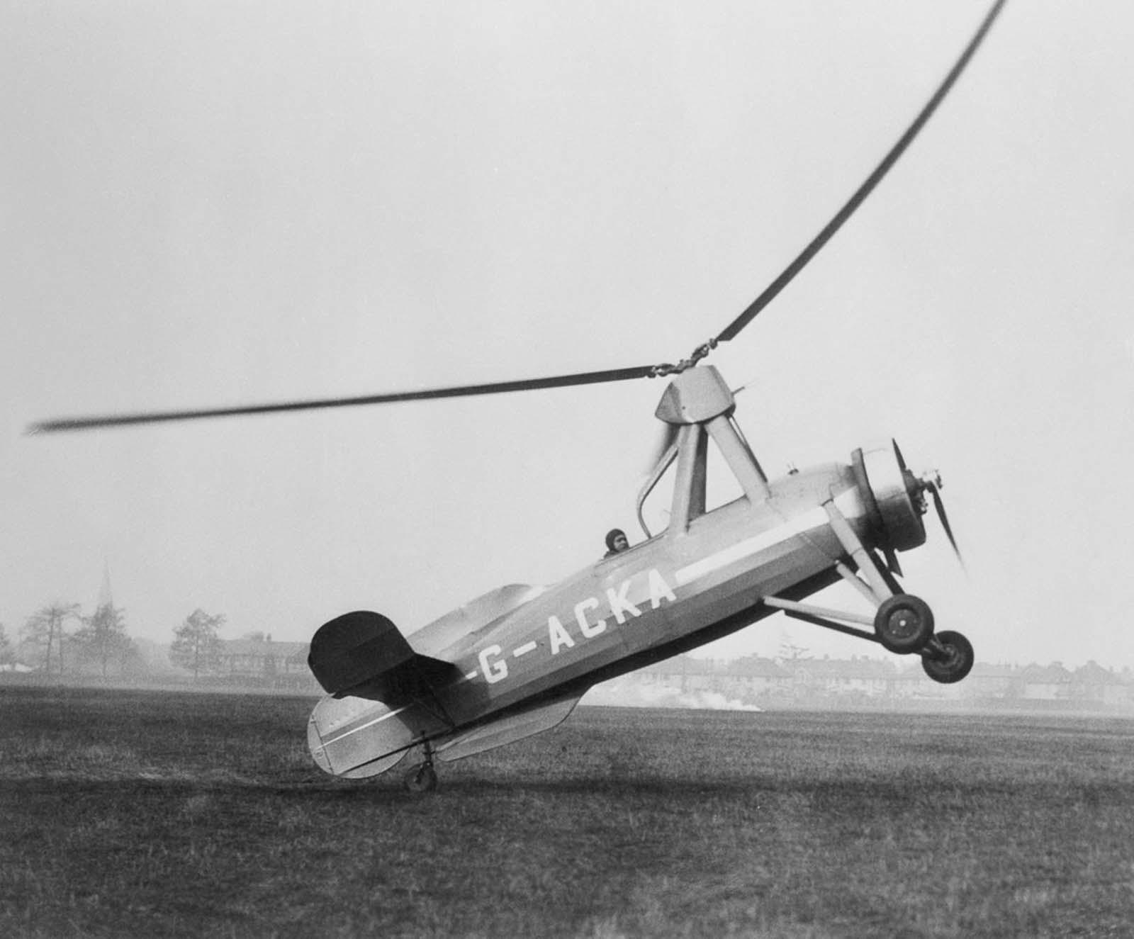 A wingless variant of an autogyro designed by Juan de la Cierva. 1930.