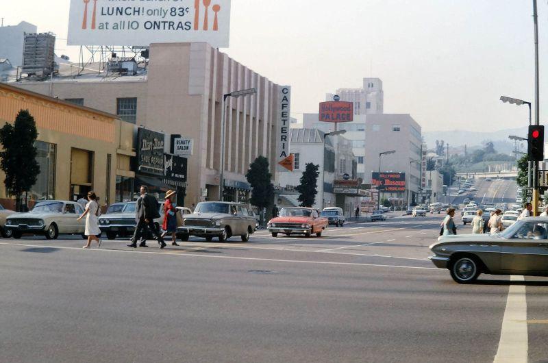 Street+Scenes+of+the+U.S+in+the+1960s+%2