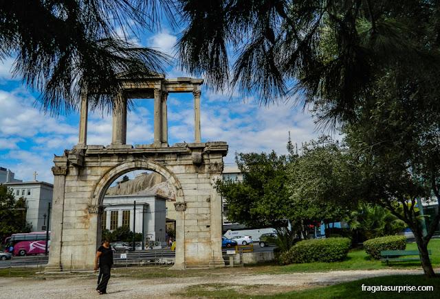 Arco de Adriano, Atenas, Grécia