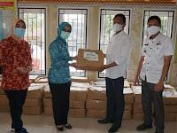Pori Karlina Salurkan 100 Paket Sembako di Tanjung Heran