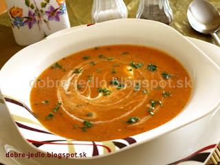 Krémová paradajkovo-tekvicová polievka - recepty