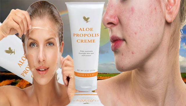 Aloe Propolis Cream  A popular best product, because it reflects two of our valuable components: Elo Vera and B Propolis. B. Propolis is a rasa element; Bees use it to strengthen and protect their hives. Your skin is more important than the honeycomb, which requires immunity and a natural barrier to keep moisture inside. With a smell of Aloe propolis cream, you can say that it is full of chamomile-like herbs and vegetative components. Vitamin A and E are abundant in this thick cream.