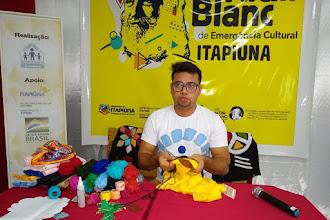 Oficina de Customização em blusas com Cleiton Alves