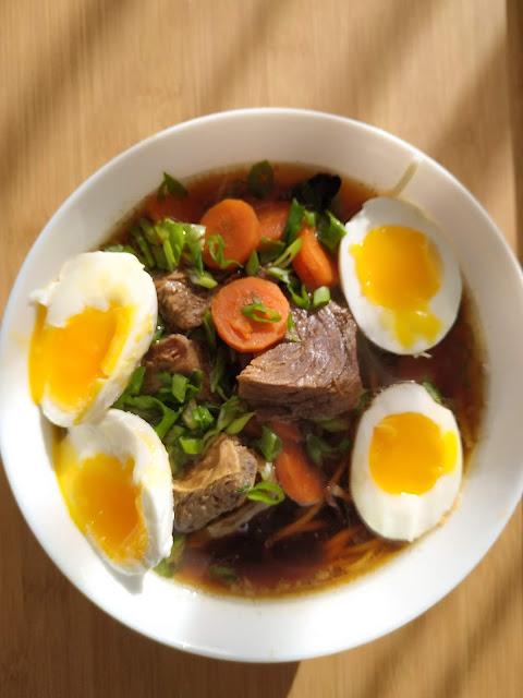 ramen Japoński rosół przepis na smaczną zupę