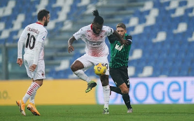 ملخص واهداف مباراة ميلان وساسولو (2-1) الدوري الايطالي