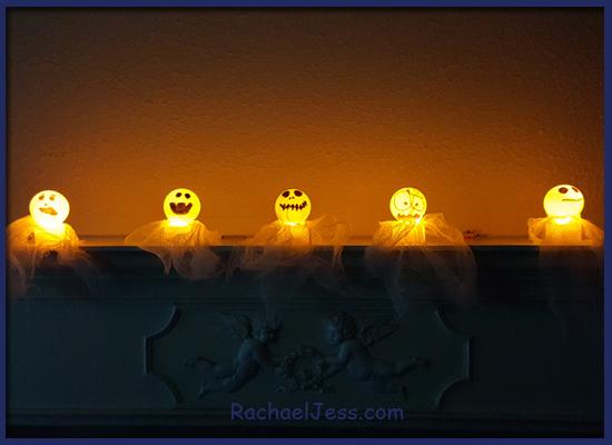 Using ping pong balls to make Halloween ghosts