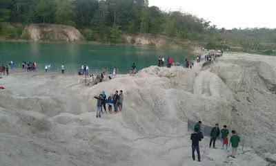 Tempat Wisata Danau Cibiru di Cisoka, Tangerang yang Berubah Warna