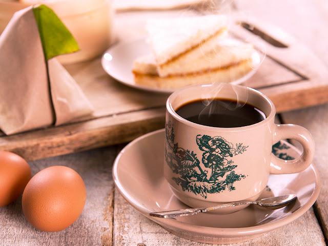 Du lịch singapore tháng 7: Thưởng thức cafe