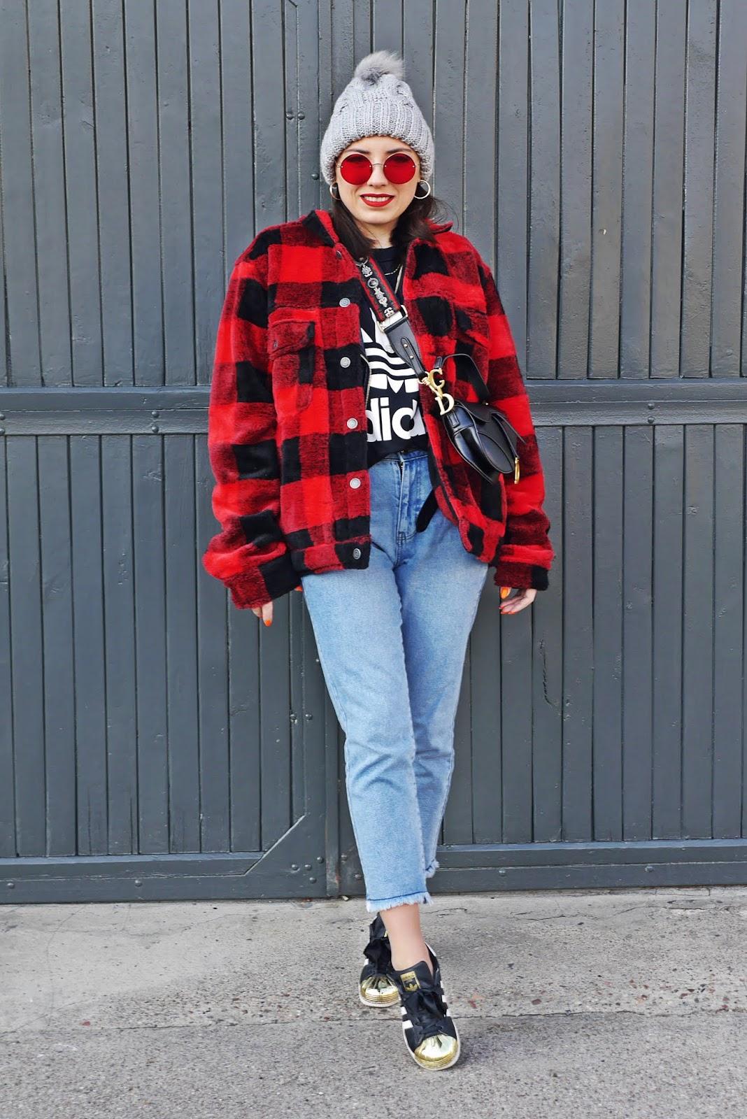 puławy blog modowy blogerka modowa karyn look czerwona kurtka w kratę pull&bear