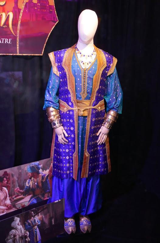 Will Smith Genie costume Aladdin movie