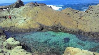 Kolam Renang Pantai Wediombo