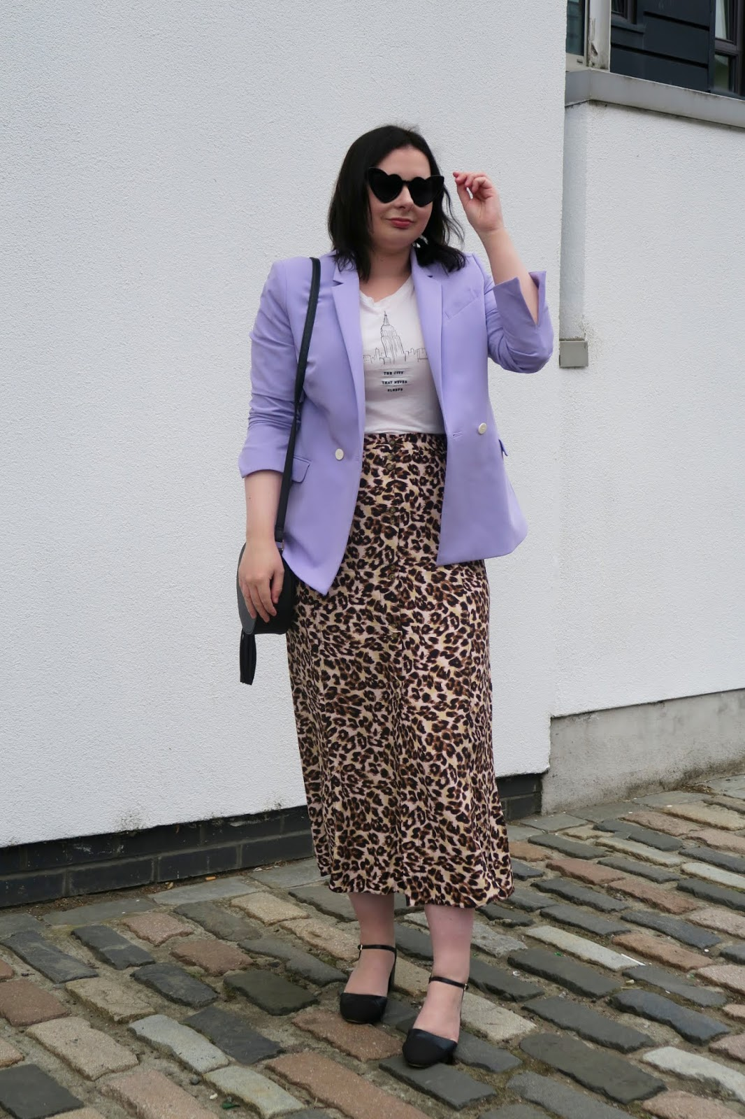 How to wear leopard print- leopard midi skirt and lilac blazer