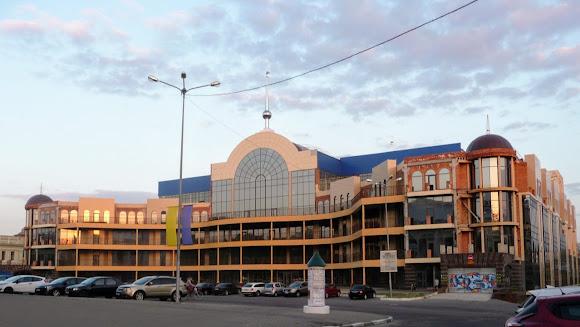Херсон. ТРЦ «Суворівський»