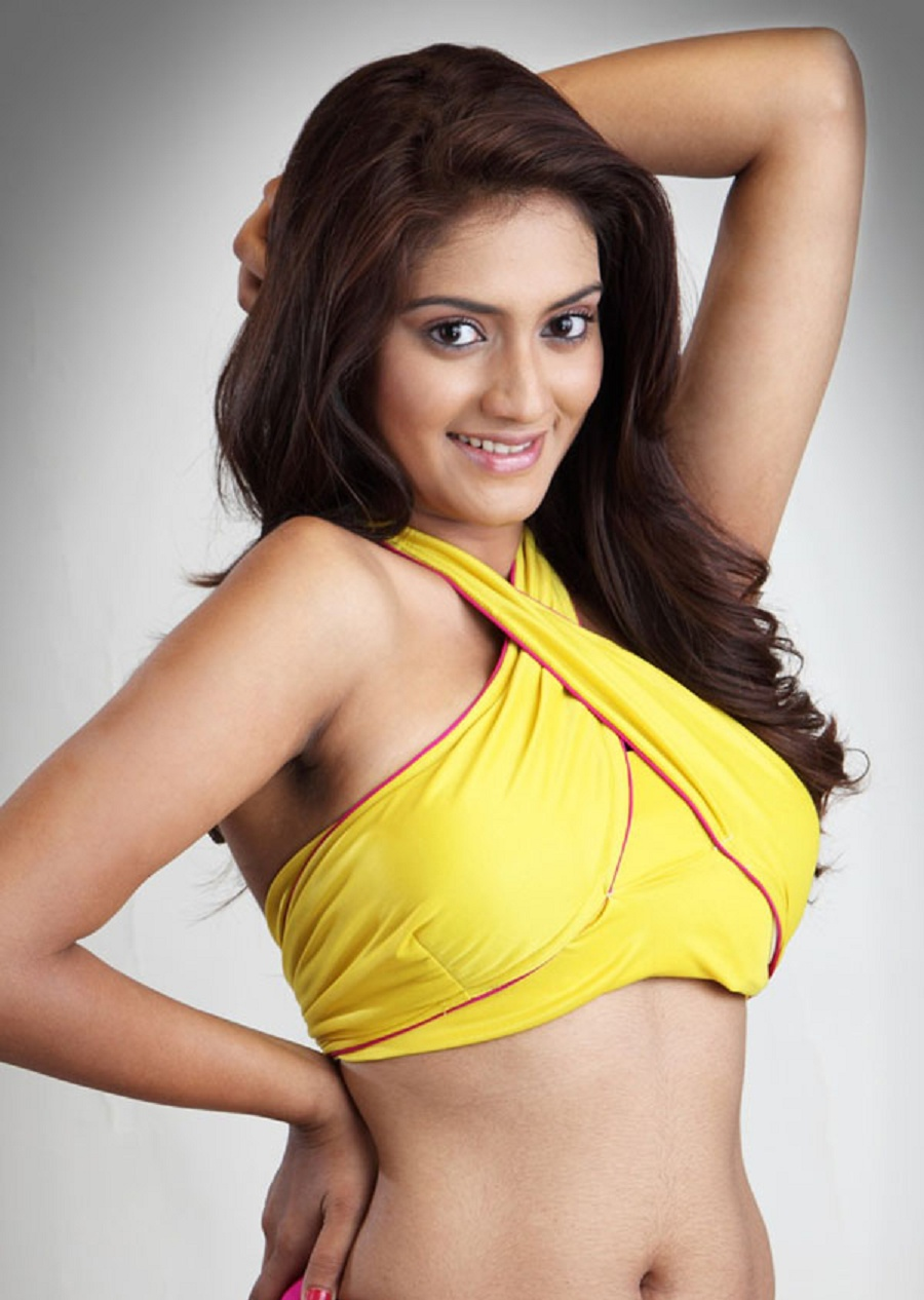 Nusrat Jahan Hot Photos 31