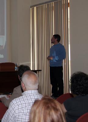"""Fernando Cuevas durante la conferencia de """"El Paisaje Minero en la Montaña Palentina"""""""