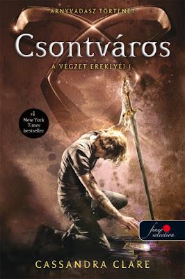 Cassandra Clare – Csontváros (A Végzet Ereklyéi 1.) (Árnyvadász univerzum) megjelent a Könyvmolyképző Kiadó gondozásában a Vörös Pöttyös könyvek sorozatban