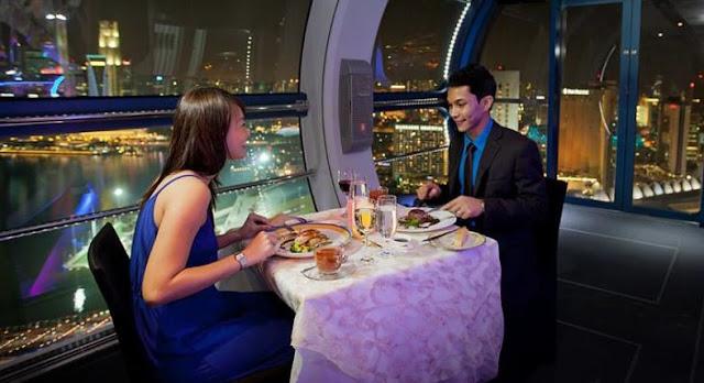 Lễ tình nhân ăn tối lãng mạn tại Singapore Flyer