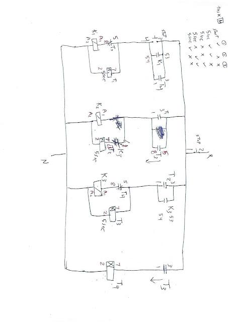 10- دائرة كنترول تشغيل 3مواتير حيث عند الضغط علي مفتاح التشغيل يعمل الماتور الاول فقط وبعد5 ثواني يعمل الماتورين الاول والثاني فقط وبعد 5 ثواني يعمل الماتور الثالث فقط وبعد 5 ثواني يعمل الماتور الثاني والثالث فقط وبعد 5 ثواني يعمل الماتور الاول فقط وتتكرر العملية