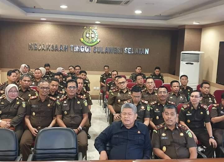 Kapuspenkum Bersama  Wakil Jaksa Agung R.I dan Jam Intel Menyapa Dalam Vicon.