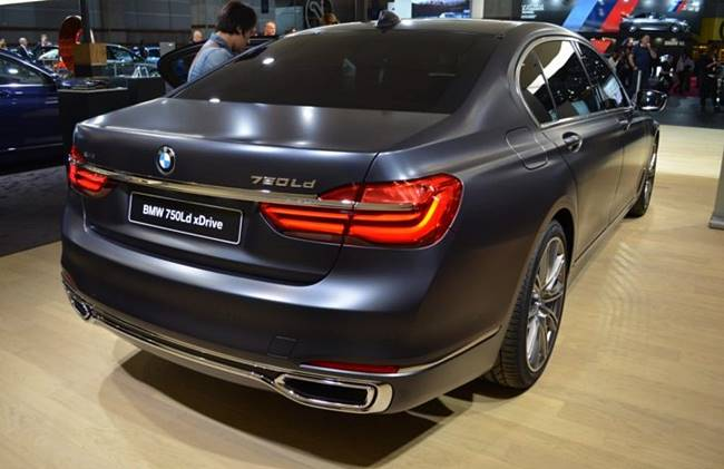 2017 BMW 750d Review