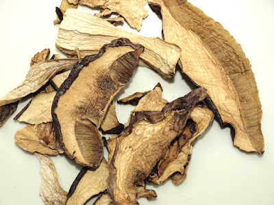 An image of dried porcini mushrooms