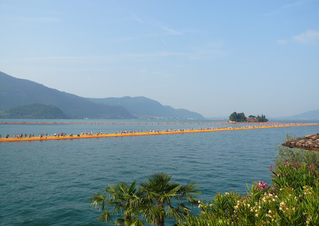 The-Floating-Piers-lago-iseo