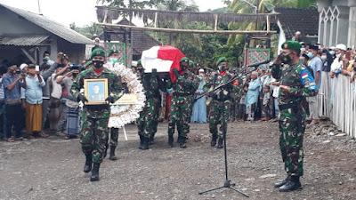 Praka Dedi Hamdani korban KKSB OPM Papua Dimakamkan Secara Militer