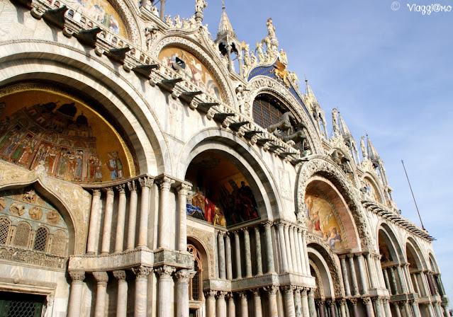 Particolari della facciata della Basilica di San Marco a Venezia