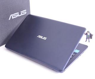 ASUS E202SA ( 11.6-inchi, N3050 ) Fullset