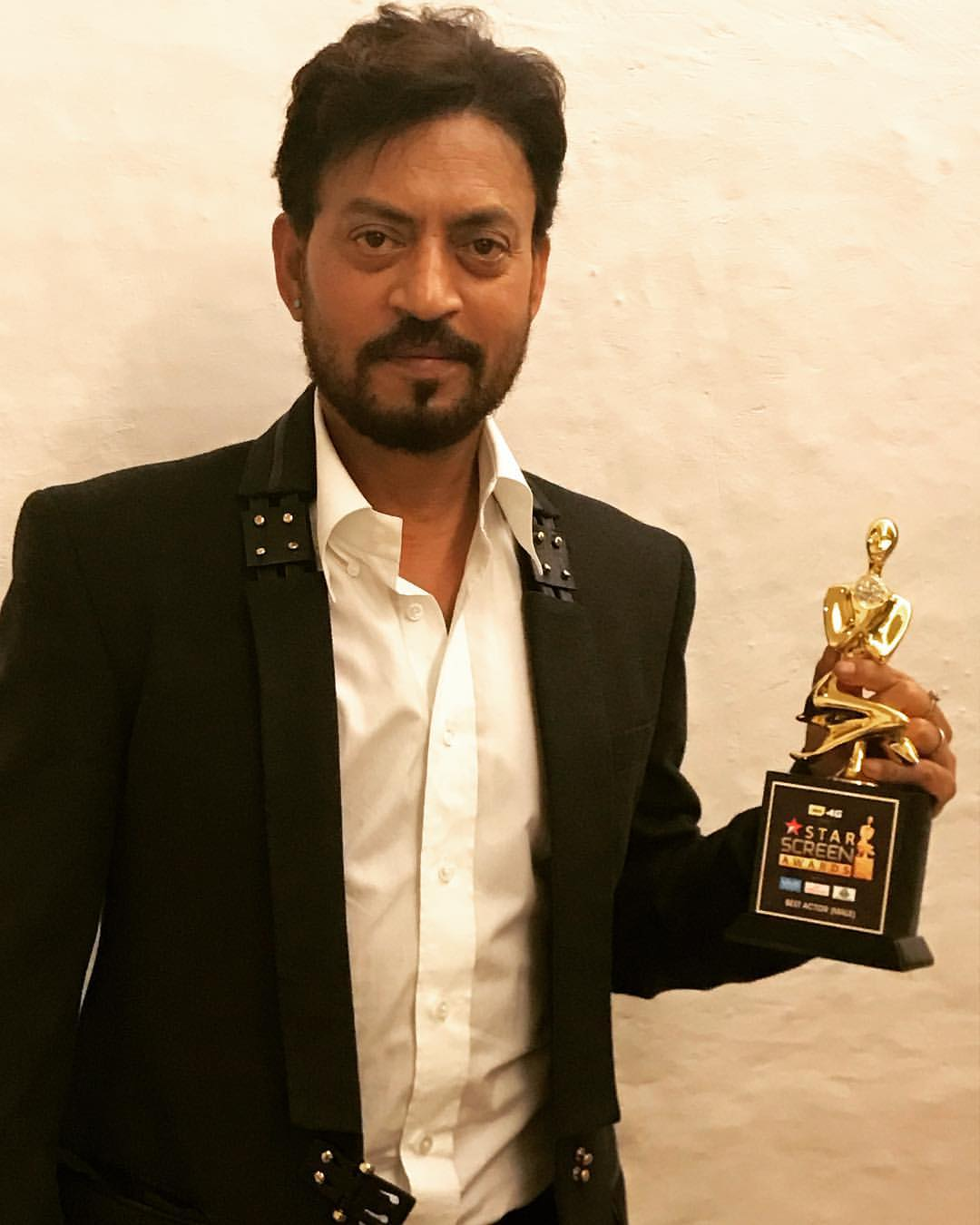 Bollywood Actor and Slumdog Millionaire Star Irrfan Khan Dies After Suffering From Rare Disease