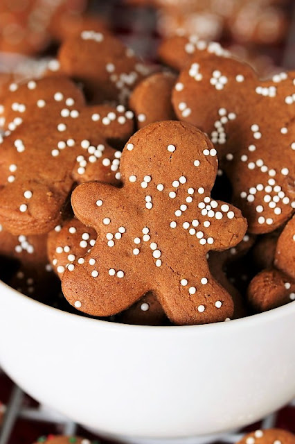 Mini Gingerbread Cookie Bites photo