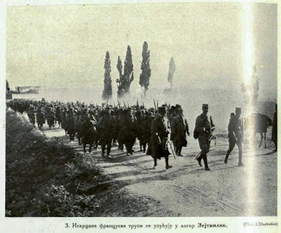 Disembarked french troops are directed towards the camp in Zeitinlik