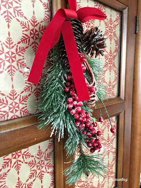 Holiday Decor on TV Cabinet