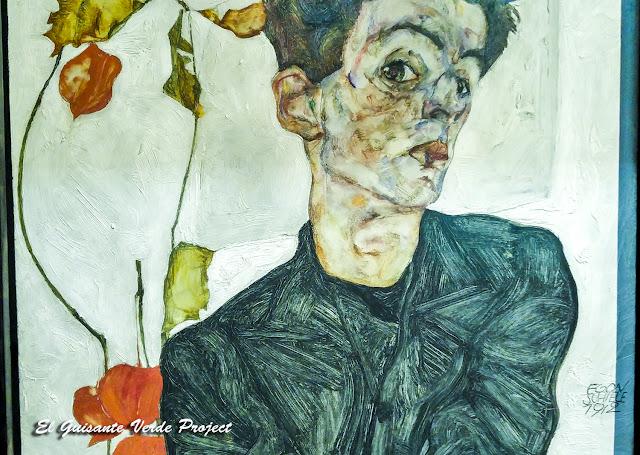 Egon Schiele: Autorretrato con Planta Linterna China - Leopold Museum, Viena por El Guisante Verde Project