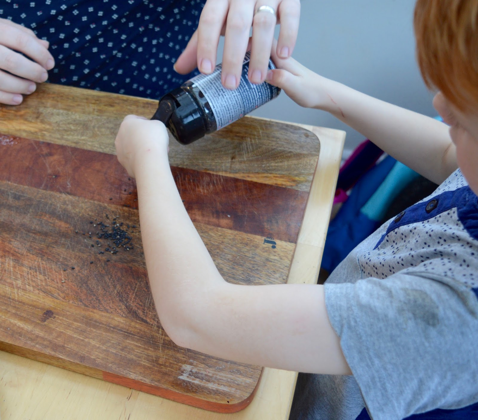 Sushi Making With Kids - A Tutorial for Beginners with Yutaka - using black sesame seeds