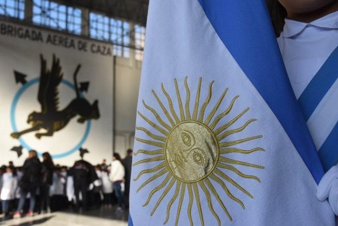 Alumnos de Mendoza realizarán la Promesa de Lealtad y Juramento de Fidelidad a la Bandera