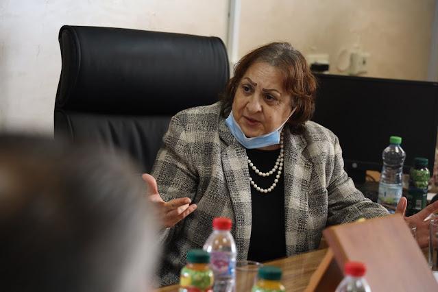 وزيرة الصحة في جولة في محافظة طولكرم في إطار المتابعة  للحالة الصحية والوبائية