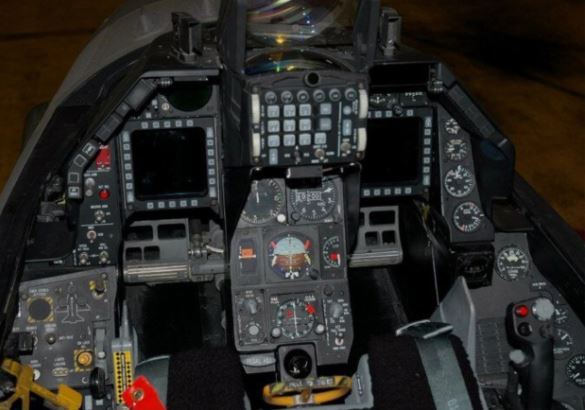 F-16 Fighting Falcon cockpit
