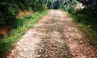Pembangunan Cor Jalan Dusun Sukasari RT 06/RW 06 Tahun Anggaran 2020