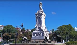 """Monumento a La Carta Magna y las Cuatro Regiones Argentinas,  ó """"De los españoles""""."""