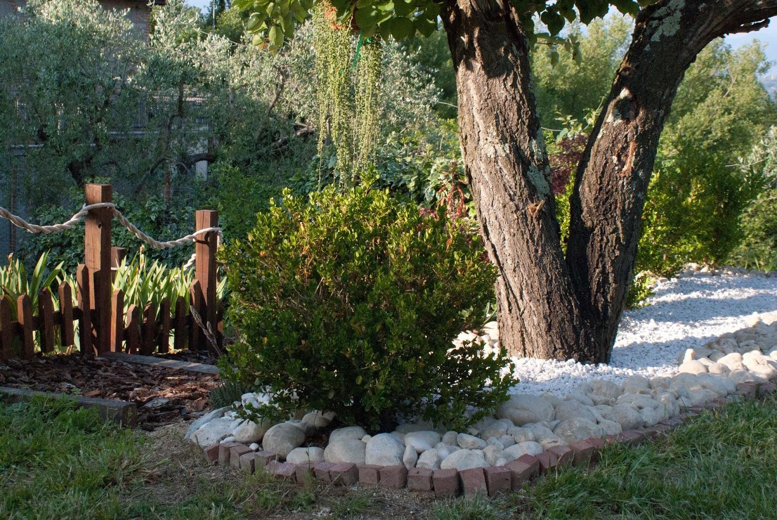Sassi bianchi giardino bricoman ciottoli da giardino for Sassi da giardino obi