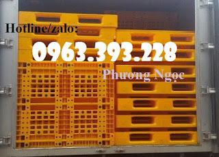 Pallet nhựa lót sàn, pallet nhựa nâng hàng, pallet kê kho 54b34397056fe231bb7e