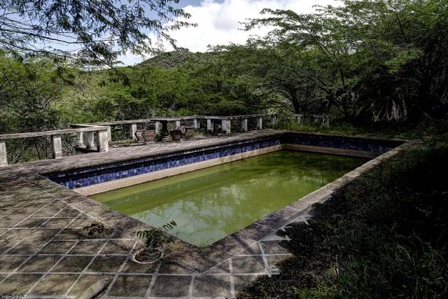 Montserrat enterrada en lava