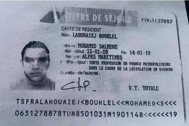 Mohamed Lahouaiej Bouhlel avait des complices.