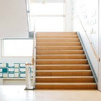 GFG Mid School Stairs Escape