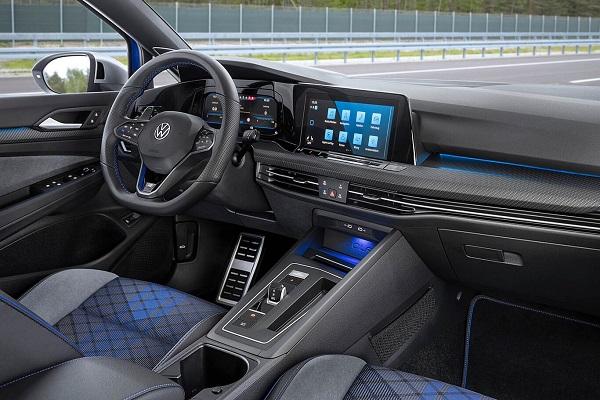 Interior Volkswagen Golf R Variant